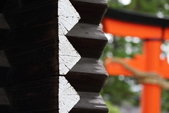 The wooden wall of warehouse (Teruhide Tomori) Tags: building texture japan wall architecture wooden construction kyoto warehouse   tradition japon   kamigamoshrine