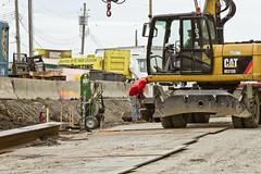 r_160428471_kos_a (Mitch Waxman) Tags: newyorkcity newyork construction scaffold greenpointbrooklyn newtowncreek laborers constructionequipment kosciuszkobridge nysdot dukbo