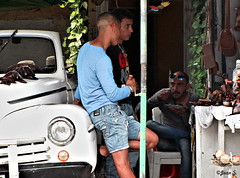 Trio (Jean S..) Tags: blue male men car candid garage cuba short streetphoto