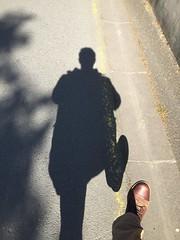 Petite promenade improvisée à La Crèche (si si, c'est le nom d'une ville !) (nic0v0dka) Tags: shadow fun bored ombre sombre pied stade fou délire