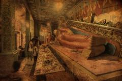Seclusion (Saint-Exupery) Tags: temple nikon buddha srilanka galle buda templo budismo