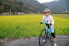 51 Betty vs  (nk@flickr) Tags: cycling friend taiwan betty  miaoli    sanyi canonefm22mmf2stm 20160109