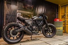 Ducati (Eleonora Cacciari) Tags: italy italia motorbike verona moto ducati nero ruote rombo motore trasporto mezzoditrasporto