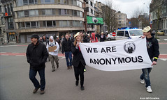 Anonymous OpAwakening Gent (Red Cathedral is alive) Tags: march mask cosplay protest guyfawkes convention vforvendetta banners anonymous gent resistance resist larp manifestation gunpowderplot occupy eventcoverage aztektv millionmaskmarch leftwingdemonstration opawakening