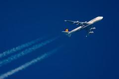 Lufthansa Boeing 747-430 D-ABVR (Thames Air) Tags: lufthansa boeing 747430 dabvr contrails telescope dobsonian overhead vapour trail