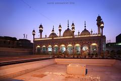 Jamia Masjid (Aadilsphotography) Tags: sunset zeiss photography evening mosque carl bazaar masjid raja 18mm aadils