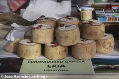 Feria en ALEGRIA-Dulantzi  #DePaseoConLarri #Flickr -2870 (Jose Asensio Larrinaga (Larri) Larri1276) Tags: feria alegria euskalherria basquecountry araba lava 2016 alimentacin artesana dulantzi alegriadulantzi arabalava