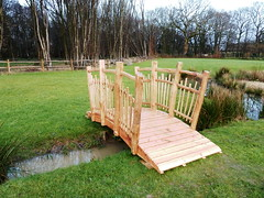 "Bespoke cleftwood bridge • <a style=""font-size:0.8em;"" href=""http://www.flickr.com/photos/61957374@N08/25523427686/"" target=""_blank"">View on Flickr</a>"