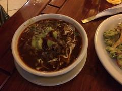 """Oaxaca: soupe de maïs et de poulet <a style=""""margin-left:10px; font-size:0.8em;"""" href=""""http://www.flickr.com/photos/127723101@N04/25711020585/"""" target=""""_blank"""">@flickr</a>"""