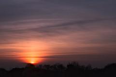 Coucher de Soleil sur le Quercy (Denis Vandewalle) Tags: sunset sun clouds soleil couleurs soir coucherdesoleil k5 quercy nuances