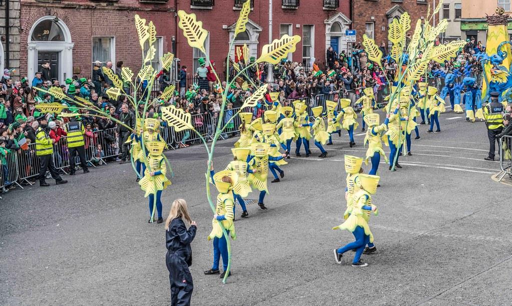 Dowtcha Puppet's At The St.Patrick's Parade [Dublin 2016]-112497