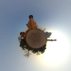 Taj Mahal Panorama (jeglikerikkefisk) Tags: panorama india pano tajmahal agra sonnenaufgang morgen indien 360 sphericalpanorama uttarpradesh kugelpanorama littleplanet sphrischespanorama