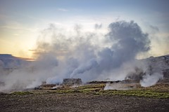 When the earth is hot and the sky is cold. (Scrooge0) Tags: travel sunset vacation nature landscapes iceland parks steam geyser nationalparks geothermal geysir earthday goldencircle travelphotography iseland goldencircletour a7s sonya7s