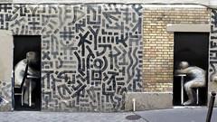 face  face (YOUGUIE) Tags: streetart paris pasteup graffiti collages graff herard whetpaste tetar philippeherard