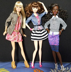 3 in Style (amartpas) Tags: barbie urbanjungle sweettea thelook fashionistas fancyflowers