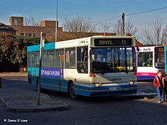 1325 (P825 RWU) - Chester Bus Exchange (didsbury_villager) Tags: chester 1325 arrivanorthwest p825rwu