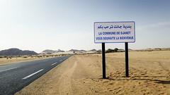 Commune de Djanet   (habib kaki 2) Tags: sahara algeria desert algerie   djanet rn3 illizi ilizi