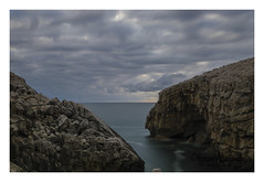 suances (diegogonzlezvilda) Tags: costa naturaleza mar paisaje rocas cantabria acantilados cantbrico