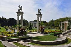 The Walled Garden (Trish Mayo) Tags: sculpture sphinx garden columns gardenarchitecture walledgardens thebestofday gnneniyisi untermyergardens