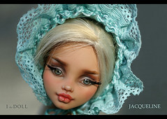 Jacqueline (ithedoll) Tags: hat doll mint romantic artdoll handknitted howleen monsterhigh monsterhighrepaint custommonsterhigh