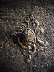 Kilincs (Delfinibi) Tags: old hungary tata olympus ungarn zuiko antic doorhandle rgi templom antik magyarorszg kilincs mzuiko olympusepl5 olympusm40150mmf4056r