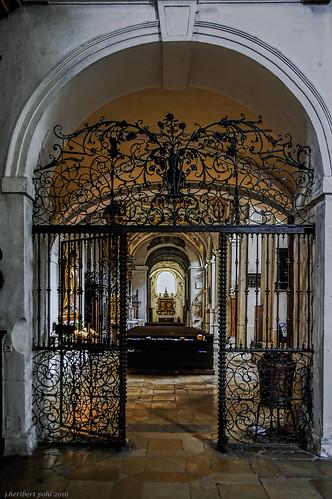 Basilika Skt. Emmeram in Regensburg, Portal zum südliches Langhaus