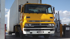 Bedford Removals (alan5264) Tags: old yellow truck transport working lorry trucks rare trucking removals roadtransport australiantrucking bedfordremovals