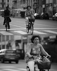 [La Mia Citt][Pedala] (Urca) Tags: portrait blackandwhite bw bike bicycle italia milano bn ciclista biancoenero mir bicicletta 2015 pedalare dittico 79949 nikondigitale ritrattostradale