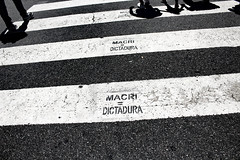 A voz do povo. (faneitzke) Tags: argentina buenosaires buenos aires plazademayo mauriciomacri praademaio maysquare mauriziomacri