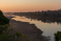 Dawn over the Save River (Hector16) Tags: africa safari zimbabwe zw 2015 masvingo gonarezhou chilogorgelodge
