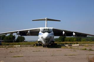 RA-76757 Ilyushin IL-76T Atran @ Moscow Myachkovo 15-Aug-2005 by Johan Hetebrij