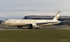 Etihad Airways 777-300(ER) A6-ETG (birrlad) Tags: morning ireland dublin sunlight airplane airport taxi aircraft aviation airplanes international abudhabi airline boeing airways airlines departure takeoff 777 runway dub airliner departing taxiway b777 etihad 777300er b773 7773fxer a6etg ey42