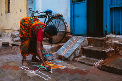 JA_20160311_025621.jpg (sadetutka) Tags: street people woman india painting asia drawing madurai tamilnadu kolam riceflour