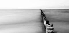 Zingst (ThoHo70) Tags: rot strand meer sw ostsee mv vorpommern dass fischland bodden mecklenburgvorpommern zinks buhne