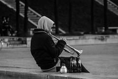 Playing like Miles... (::nicolas ferrand simonnot::) Tags: street white black paris field vintage lens photography prime bokeh trumpet zenit manual depth 1963 135mm | stalingrad 2016 jupiter11 зенит ƒ4 ƒ56 юпитер11 m3942 depthoffielde