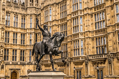 Statue of Richard I (Serendigity) Tags: uk england sculpture london unitedkingdom housesofparliament kingrichardi