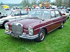 301 Mercedes 250SE (W108) Sedan (1966) (robertknight16) Tags: germany mercedes 1960s weston w108 250se worldcars bracq ebm221d