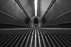 (Claudio Blanc) Tags: street blackandwhite blancoynegro argentina underground subway buenosaires metro streetphotography subte fotografiacallejera