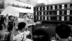 DSC_1102psaJZ (七 月) Tags: hk hongkong snapshot 香港 kowloon 九龍 街景 人像 人文 外拍 街拍 攝影 抓拍 黑白照片 kln 外影 紀實 拍攝 荔園 外攝