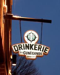 Thirsty? (Jee whiz!) Tags: montreal thirsty drinkery littleburgundy petitebourgogne ruenotredame drinkeriestecungonde