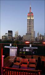Rooftop NY (lautada) Tags: city usa newyork rooftop night atardecer unitedstates manhattan ciudad empirestate anochecer estadosunidos nuevayork