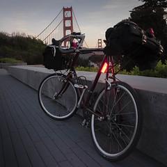 Sunrise Commute to SF (What Photos Look Like) Tags: sf sanfrancisco california usa bike bicycle sunrise square fuji wideangle 11 shade goldengate bayarea fujifilm commuting standard bjorke 2016 carradice aperturepriority kevinbjorke 27mm minivelo botzillacom fujix somafabrications tourning xpro2 acornbags cardiffbag photorant fujixpro2 18mmorig 27mmequiv fujifilmxpro2