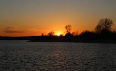 Sun sets over Manasquan River (apardavila) Tags: sunset jerseyshore manasquan manasquanriver manasquaninlet
