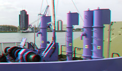 Parkkade Rotterdam 3D (wim hoppenbrouwers) Tags: boot boat 3d rotterdam ship harbour vessel anaglyph stereo redcyan parkkade