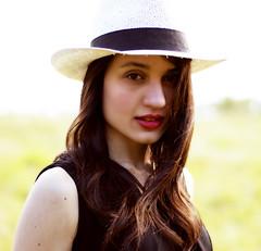 Alessia (Gaetano Camiciotto) Tags: portrait closeup model alessia primopiano fotoamatorigioiesi