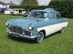 IMG_9934 (andrewlane94) Tags: green classic ford vintage retro zephyr saloon 1961 steelies woolmer a602s
