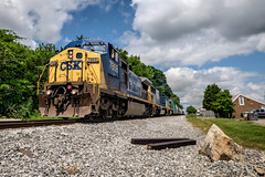 Q581-1 @ MPJ21.05 - Smyrna (Mr. Pick) Tags: red tn tennessee h splash smyrna csx yn2 rutherfordcounty chattanoogasub