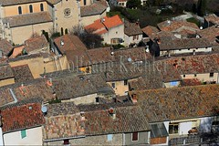 40079962 (wolfgangkaehler) Tags: france rooftop french europe european village aixenprovence roofs provence luberon satellitedishes vaucluse villagescene 2016 bonnieux provencealpescotedazur