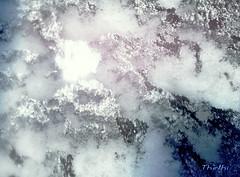 160115 fnoé 160116 © Théthi (thethi (pls read my first comment, tks)) Tags: étrange neige orage éclair vitre fenêtre nuit météo janvier namur wallonie belgique belgium setwater setnamurcity provincenamur bestof2016 faves39 setjanvier