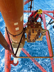 Offshore Rope Access (Craig Hannah) Tags: sea scotland offshore inspection gas northsea rig oil outboard abseil 2016 ropeaccess ropeaccesstechniques workatheights ropeaccessphotos craighannah